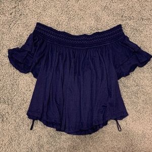 Off Shoulder, flowy blouse
